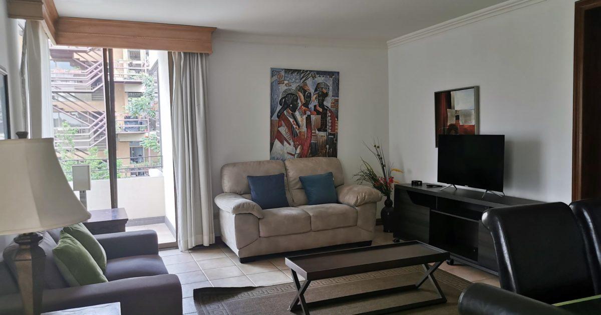 Condominio de un nivel, equipado, San Rafael de Escazú ...