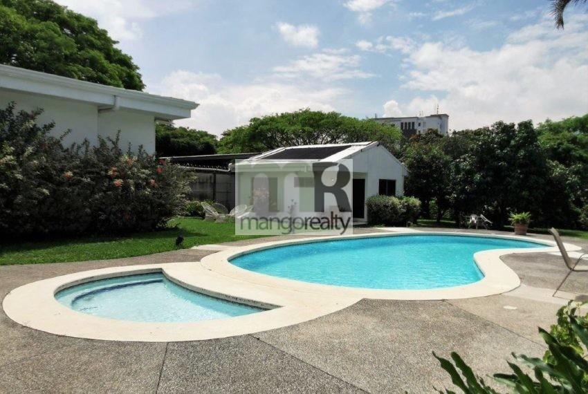 Casa_Lujo_Pozos_piscina